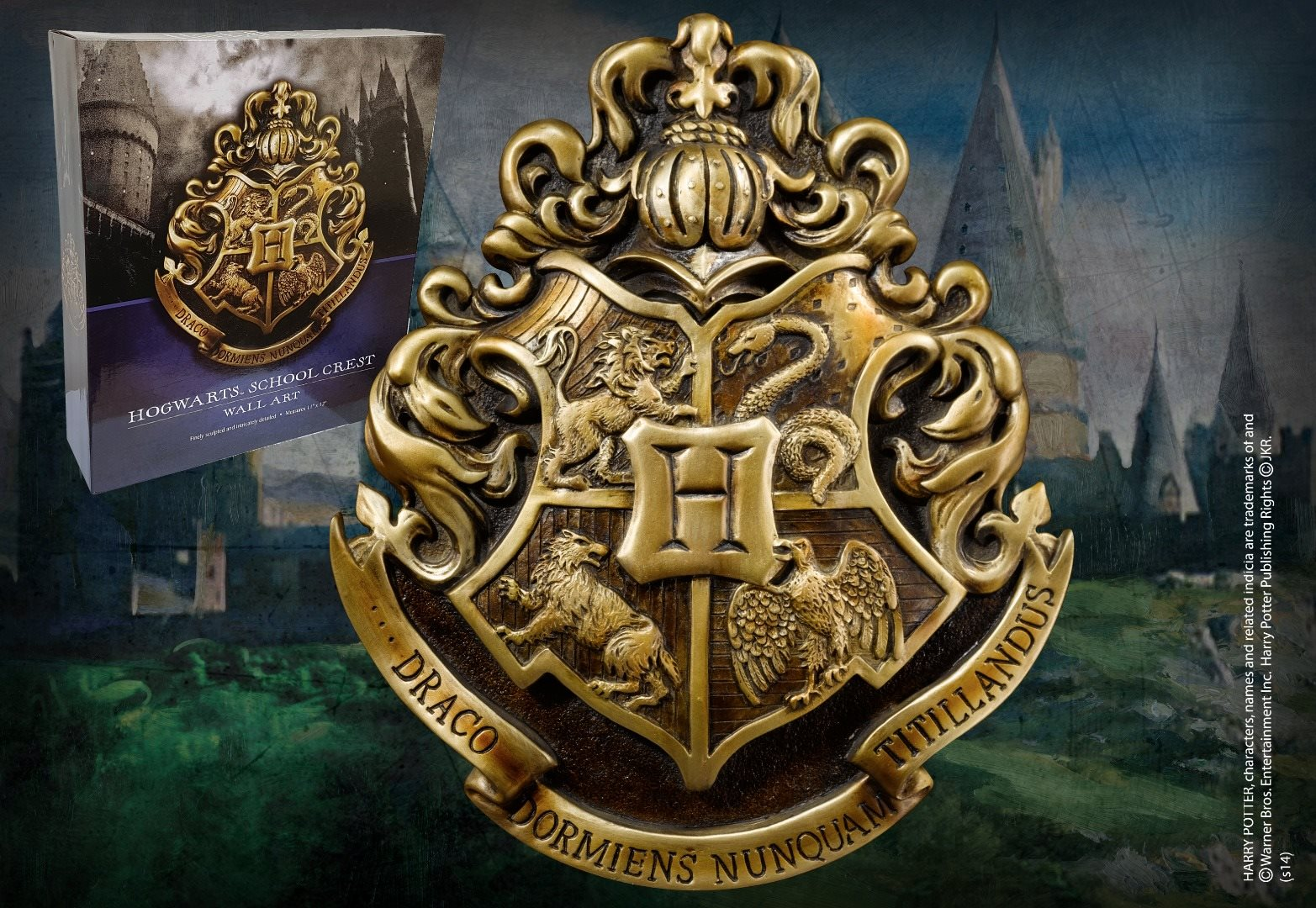 Harry Potter - Hogwarts Crest Wall Art | Funko Universe