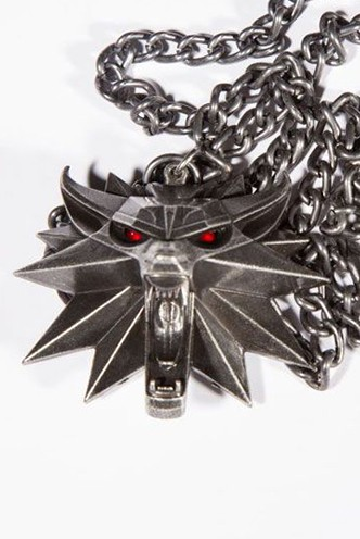 The witcher wild hunt medall n con collar con luz wolf for The witcher juego de mesa
