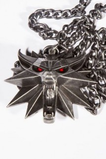 The Witcher: Wild Hunt Medallón con Collar con luz Wolf